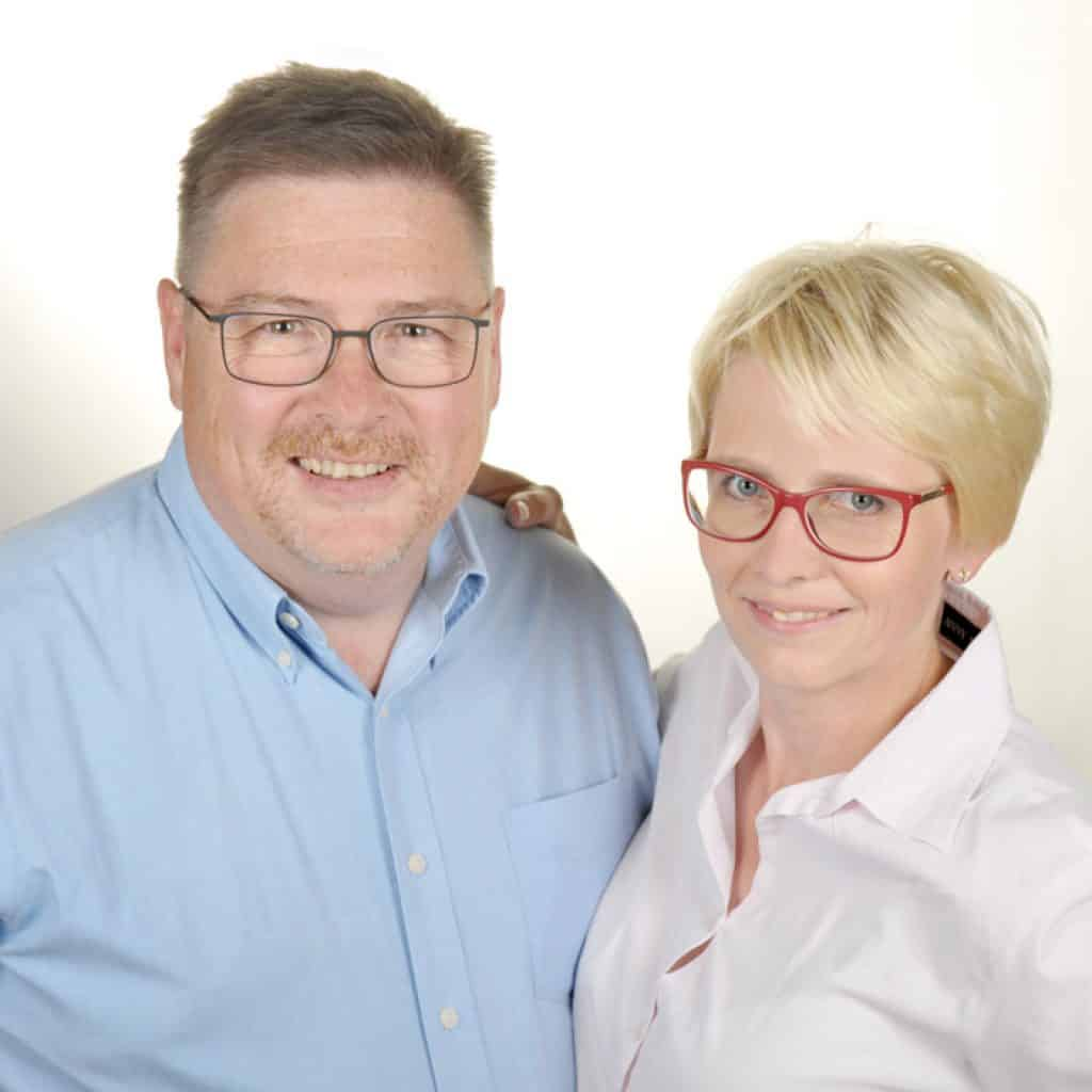 Augenoptisches und optometrisches Zentrum Optik Mattern. Dieter und Birgit Mattern, Inhaber von Optik Mattern.