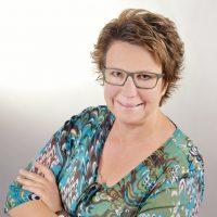 Augenoptisches und optometrisches Zentrum Optik Mattern - Ihr Optiker in Wiesloch und Sandhausen. Sabine Werner ist Augenoptikerin.